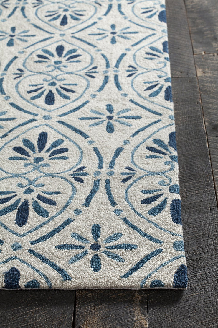 Terra Collection Hand-Tufted Area Rug in Cream & Blue