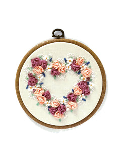 Embroidered Hearts - The Crafty Artisans