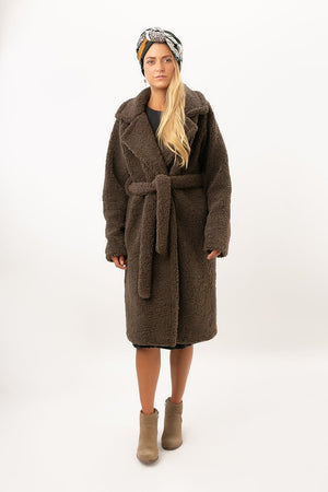 Carry Coat - [www.unorthodox-boutique.com]