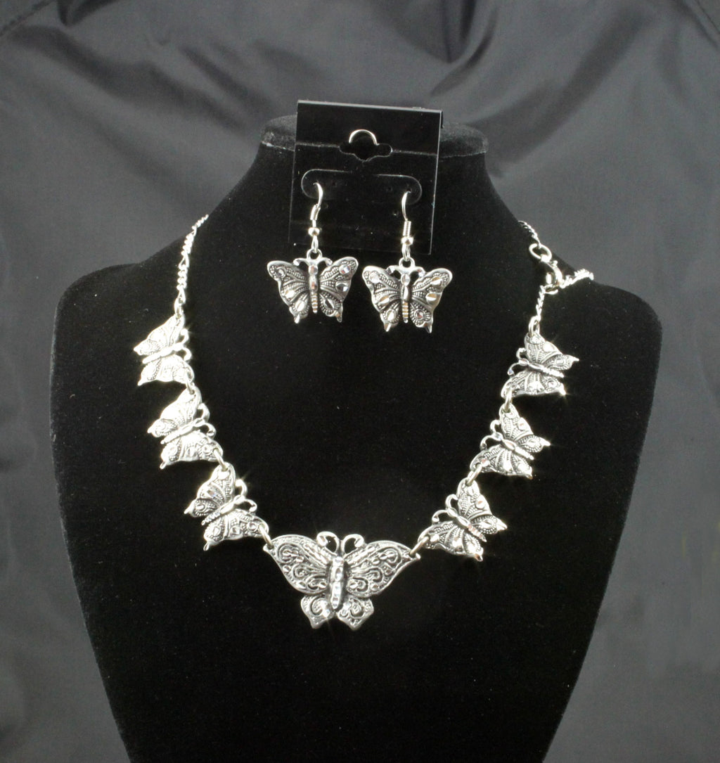 Butterfly Necklace Set - Medium NK18