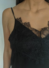 Load image into Gallery viewer, Lace Get It On Top, Black