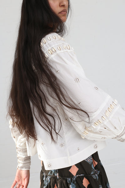 Ulla Johnson Tana Blouse in Blanc on model view side