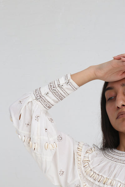 Ulla Johnson Tana Blouse in Blanc on model view sleeve detail