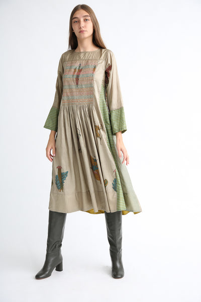 Injiri Silk Dress in Green front