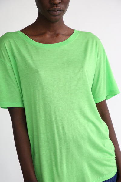 Baserange Loose Tee - Bamboo Elastic in Ara Green ribbed neck detail