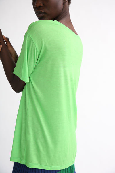Baserange Loose Tee - Bamboo Elastic in Ara Green side