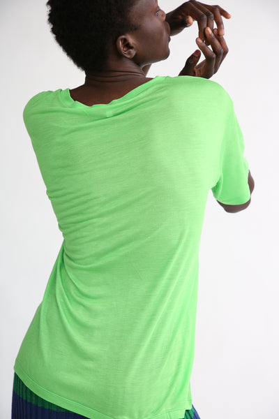 Baserange Loose Tee - Bamboo Elastic in Ara Green back
