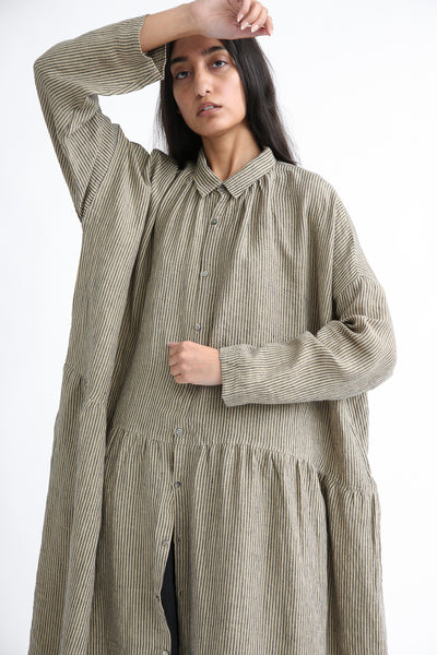 Ichi Antiquites Dress - Linen in Beige Stripe sleeve and collar view