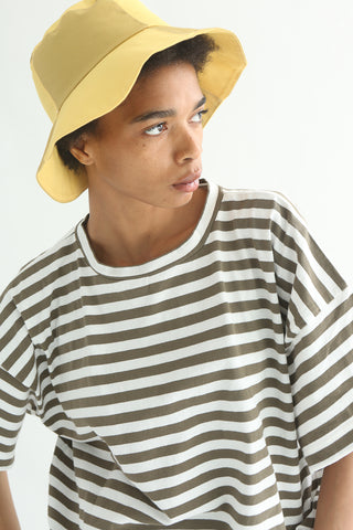 Clyde Classic Bucket Hat in 2 Tone in Sorbet & Sand on model view side