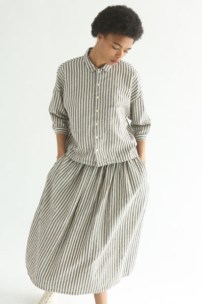 Ichi Top - Cotton/Linen in Natural/Black Small Stripe on model view front