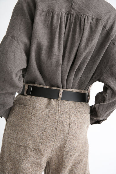 Ichi Antiquites Pant - Wool in Beige back pocket detail