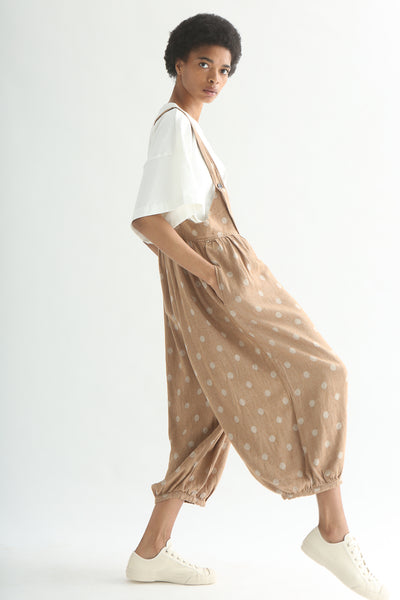 Ichi Overall Pant - Linen/Cotton in Camel Polka Dot hand in pocket side