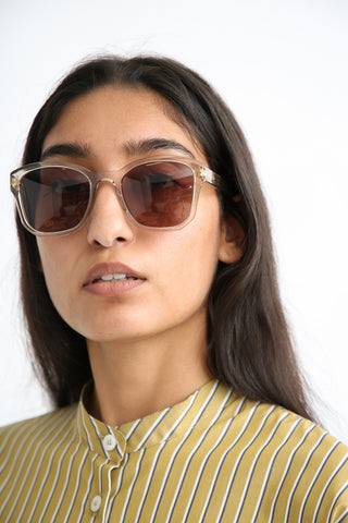 Eva Masaki Sunglasses BQE Pear on model view front