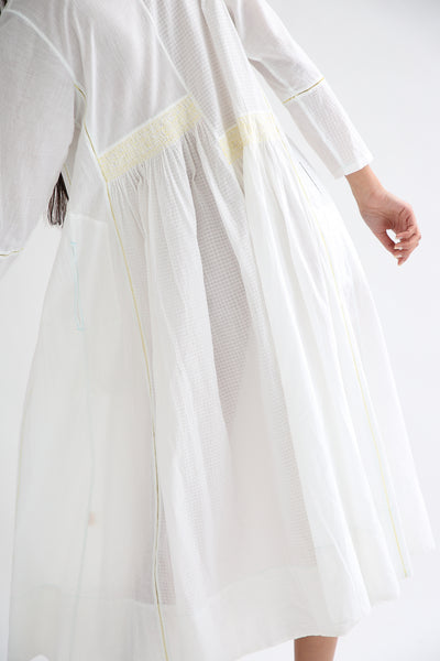 Injiri Dress - Cotton in White/Yellow back smocking detail