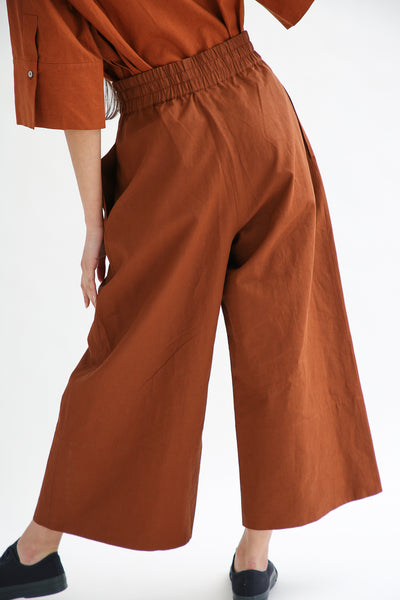 Studio Nicholson Camino Pant - Coated Linen in Truffle back