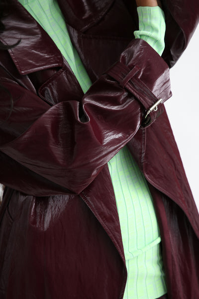 Nomia Oversize Trench - Shiny Tech in Burgundy sleeve cuff detail