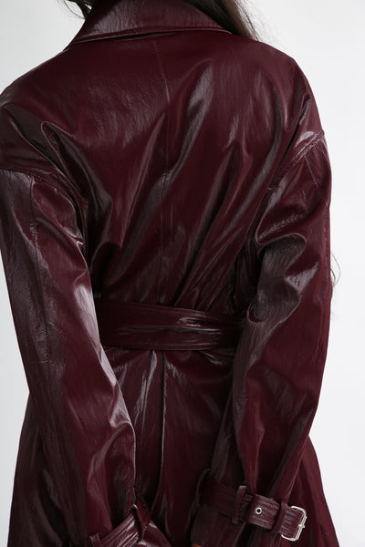 Nomia Oversize Trench - Shiny Tech in Burgundy back detail