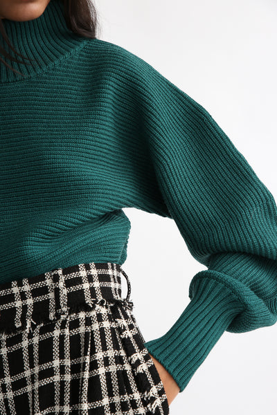 Rito Round Sleeve Sweater in Green sleeve view
