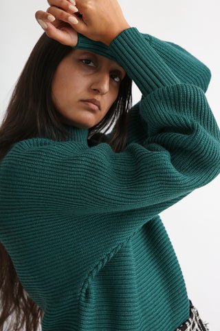 Rito Round Sleeve Sweater in Green sleeve detail