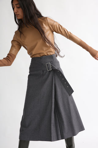 Rito Light Flannel Skirt in Grey on model view front
