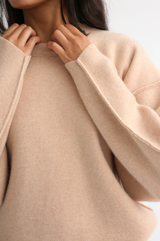 Rito Oversized Cashmere Sweater in Orange sleeve detail