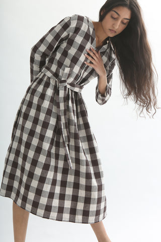 Ichi Dress - Cotton/Linen in Brown Gingham front