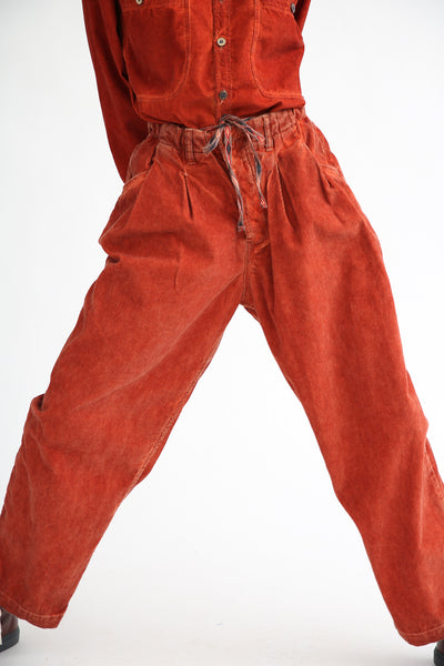 Dr. Collectors P40 Z-Boys Corduroy Pant in Oil Rust front