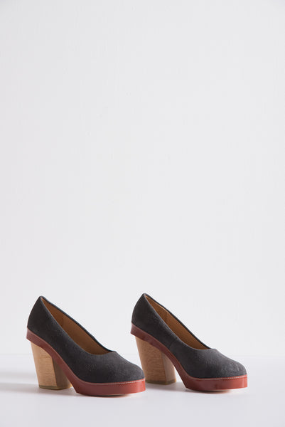 A Detacher Tatiana Shoe in Grey Suede/Cognac | Oroboro Store | New York, NY