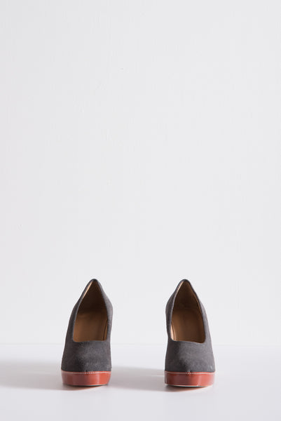 Tatiana Pump in Grey Suede/Cognac