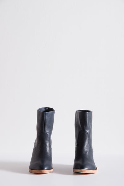 Golda Boot in Navy Leather