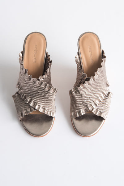 A Detacher Masino Mule Leather in Pewter | Oroboro Store | New York, NY
