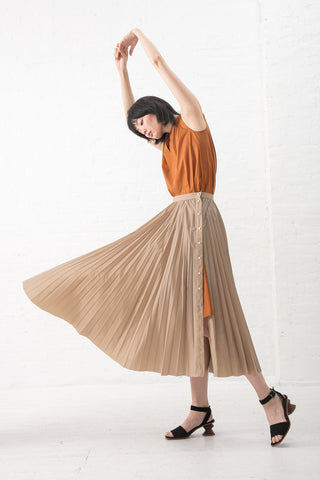 Nehera Savy Skirt - Light Showerproof in Taupe | Oroboro Store | New York, NY