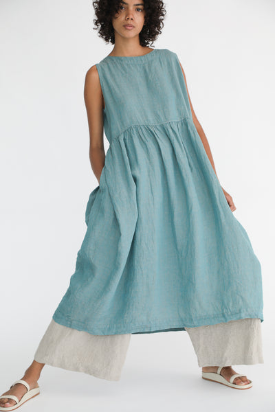 Ichi Antiquites Dress - Linen in Green on model view front
