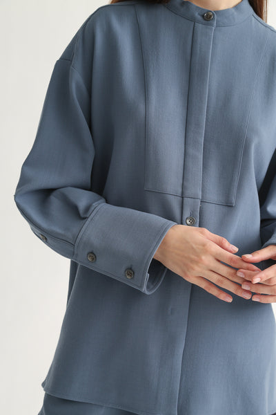 Rito Big Shirt - Wool Double Cloth in Blue sleeve and cuff detail view