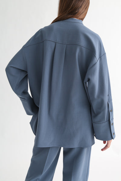 Rito Big Shirt - Wool Double Cloth in Blue on model view back