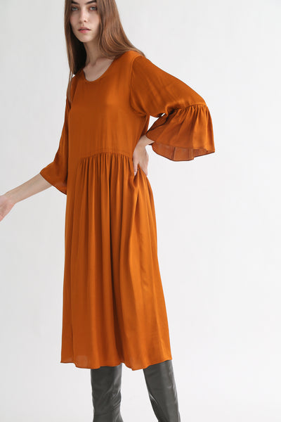 Correll Correll Coco Dress in Tumeric on model view front