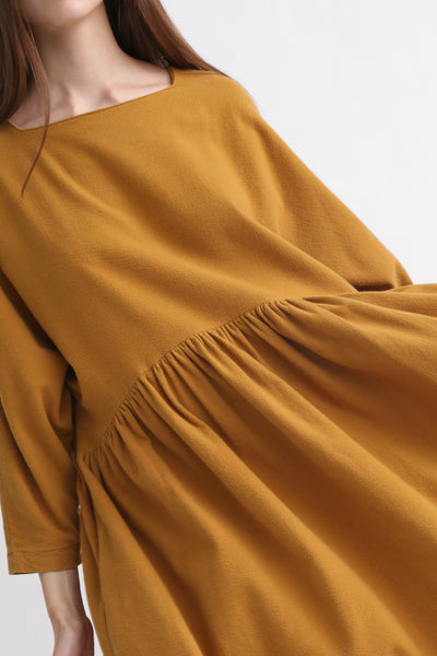 Black Crane Tradi Dress in Khaki neck detail