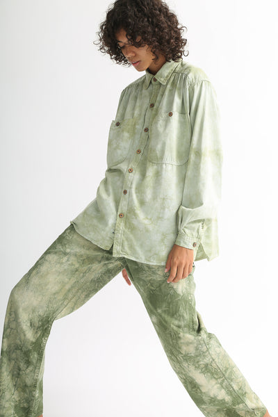 Dr. Collectors Picasso Shirt in Cloud Sage on model view side