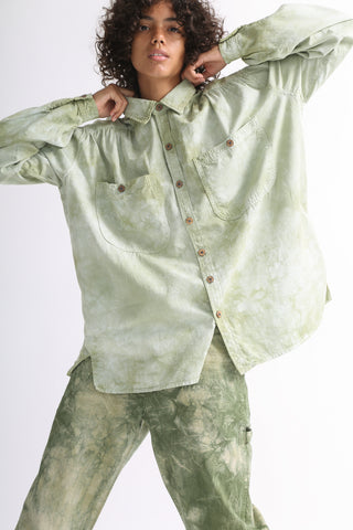 Dr. Collectors Picasso Shirt in Cloud Sage on model view front