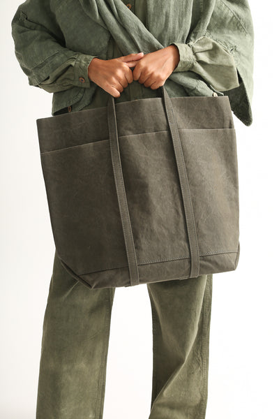 Amiacalva Washed Canvas 6 Pockets Tote in Khaki