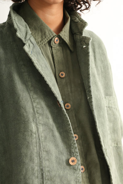 Dr. Collectors Sunday Jacket in Avocado collar detail view