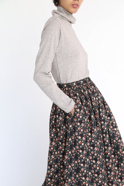 Ichi Antiquites Floral Linen Skirt in Black pocket detail view side