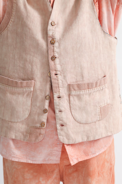 Dr. Collectors Maquignon Vest in Lychee pocket detail view