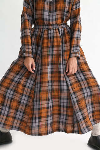 Ichi Antiquites Skirt - Linen Tartan Check in Gray on model view front