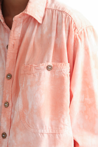 Dr. Collectors Picasso Shirt in Cloud Lychee pocket detail view front
