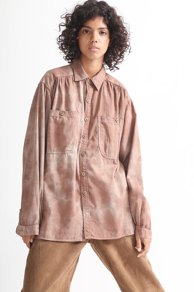 Dr. Collectors Picasso Shirt in Cloud Caramel on model view front