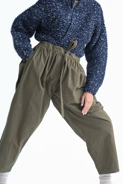 Ichi Antiquites Pant - Cotton in Khaki pocket detail view