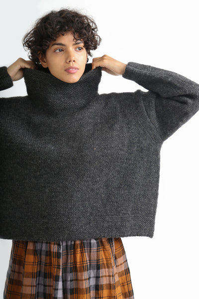 Ichi Antiquites Pullover - Wool in Charcoal on model view front