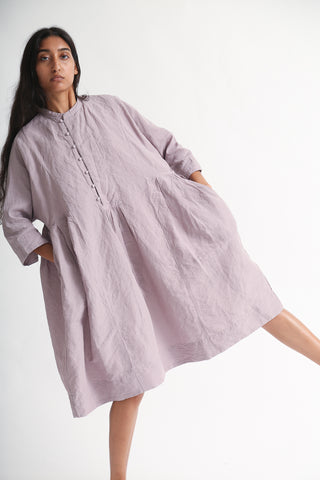 nest Robe Ohmi-Zarashi Hemp Cotton Kurta Tunic in Lavender on model view front