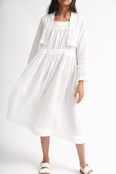 nest Robe Linen Laced Sailor Collar Dress in Off White on model view front